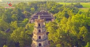 Đến chùa Thiên Mụ - ngôi chùa cổ nhất ở xứ Huế - mỗi khi du lịch Huế